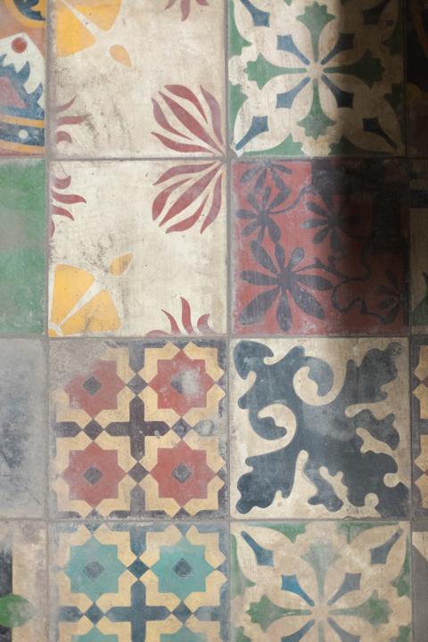 2015-07-nolisoli-feature-machuca-tiles-1