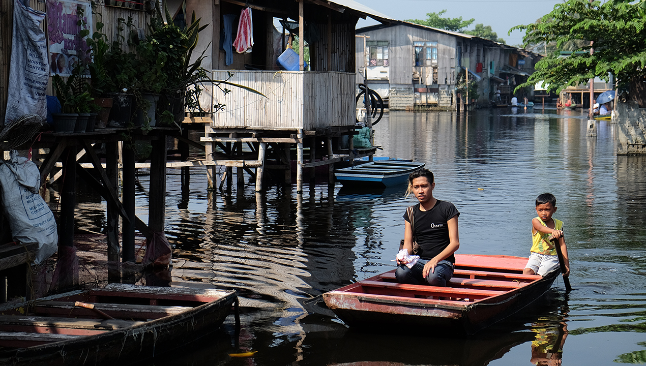 Residents Of This Malabon Compound Have Been Dealing With