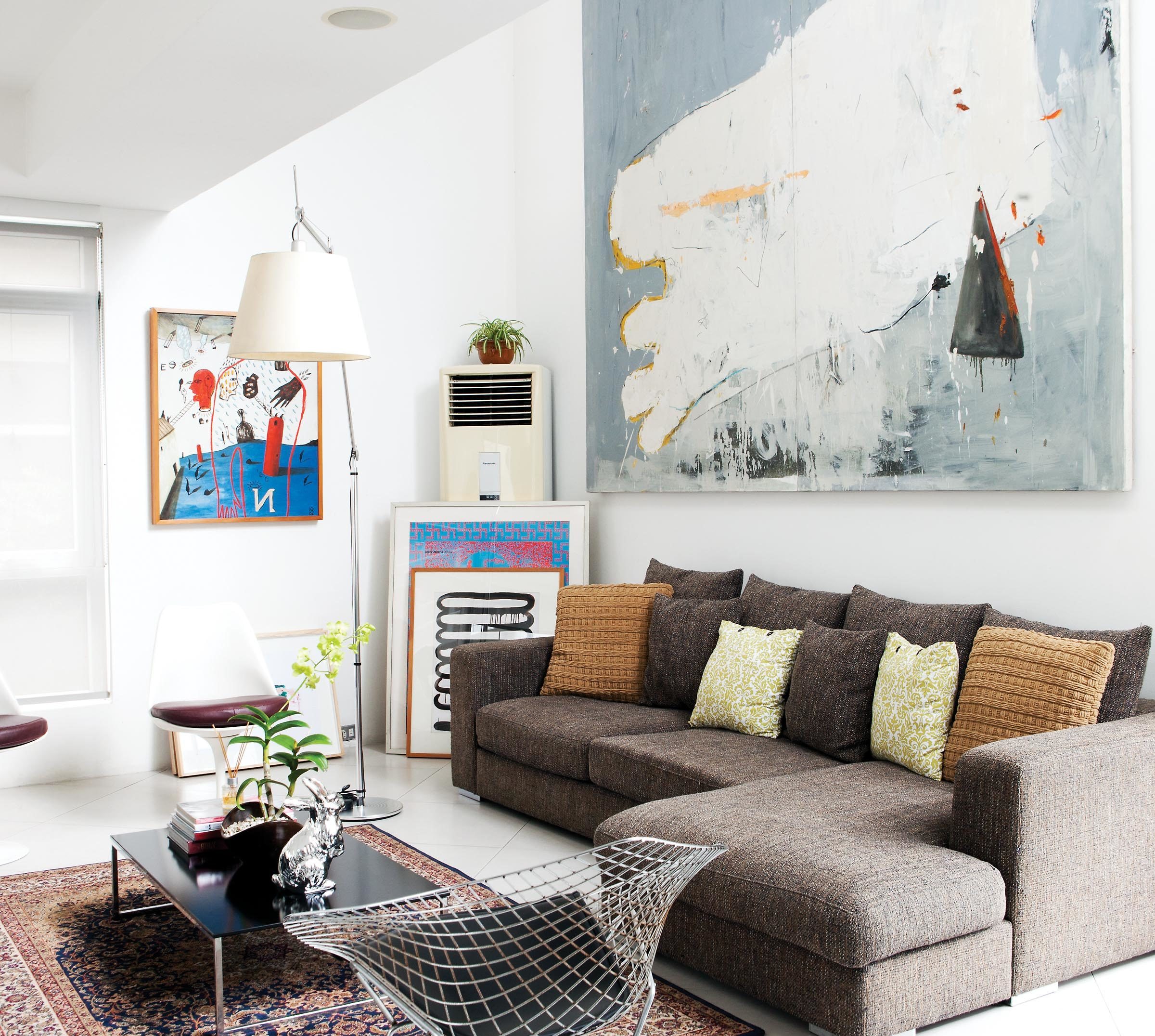 White walls allow the art pieces to stand out