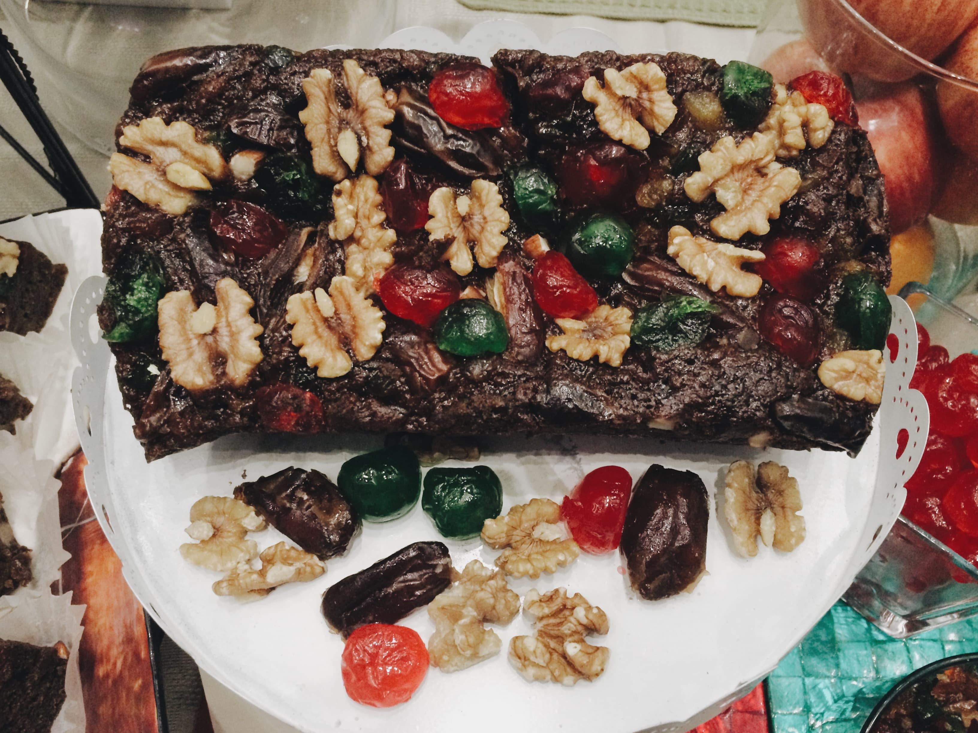 nolisoli eats best desserts vegan fruitcake
