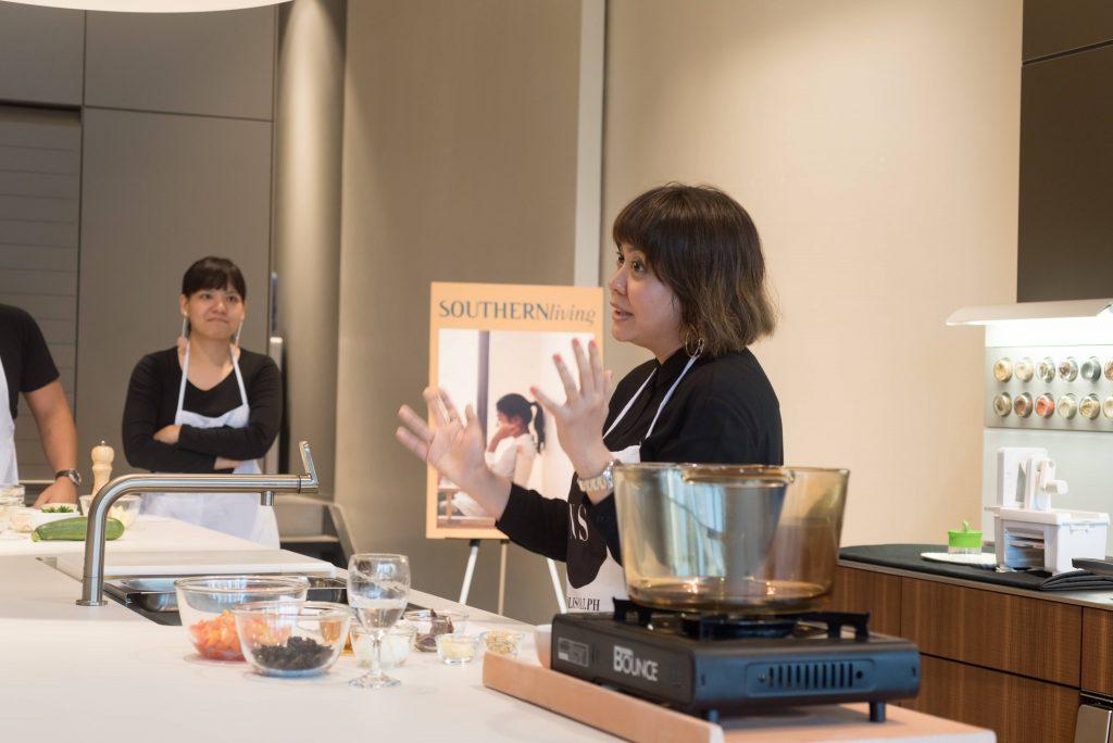 Bea Ledesma explaining the zucchini noodles and meatballs recipe.