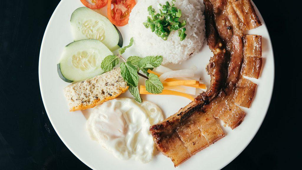 Broken rice takes the spotlight at this Vietnamese restaurant
