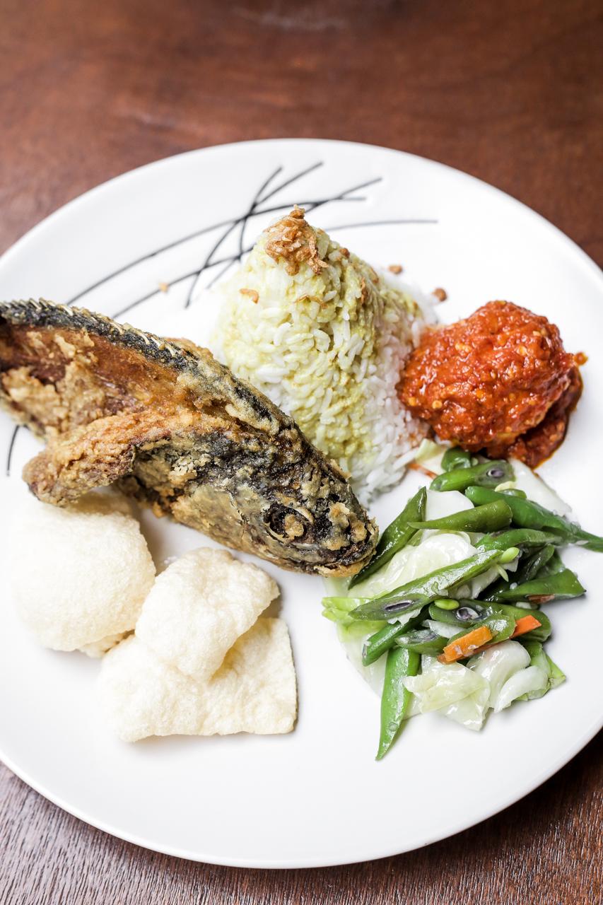 nolisoli eats restaurant restoran garuda indonesian