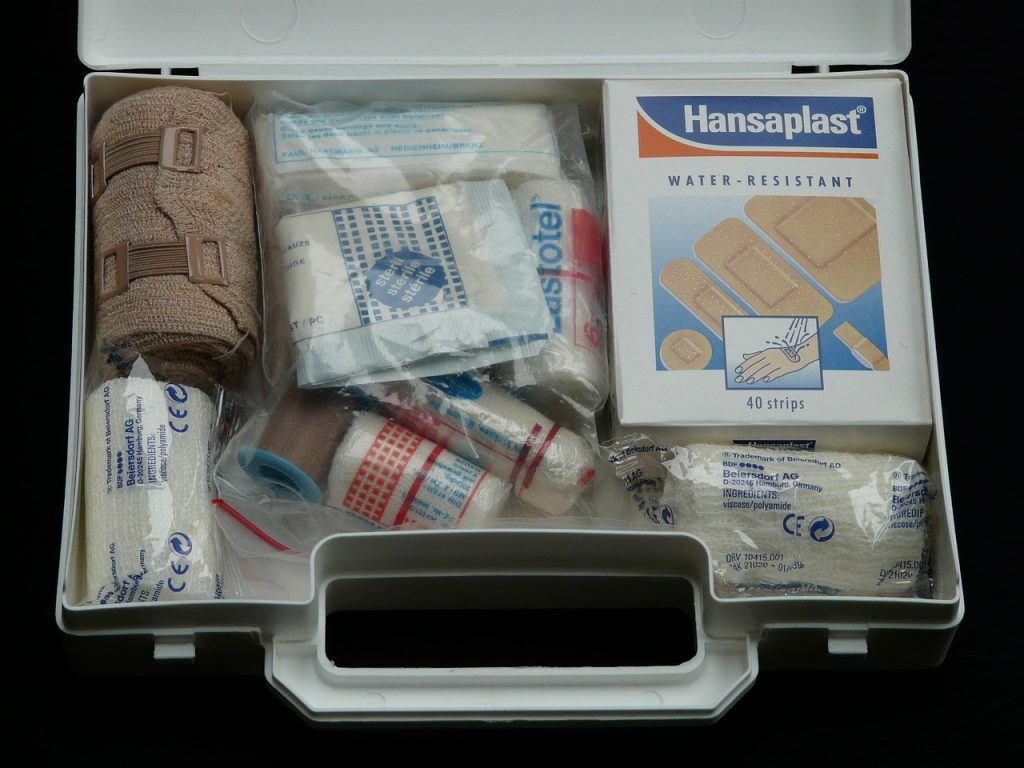 nolisoli care rainy day emergency kit