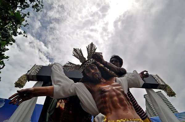 nolisoli holy week superstitions