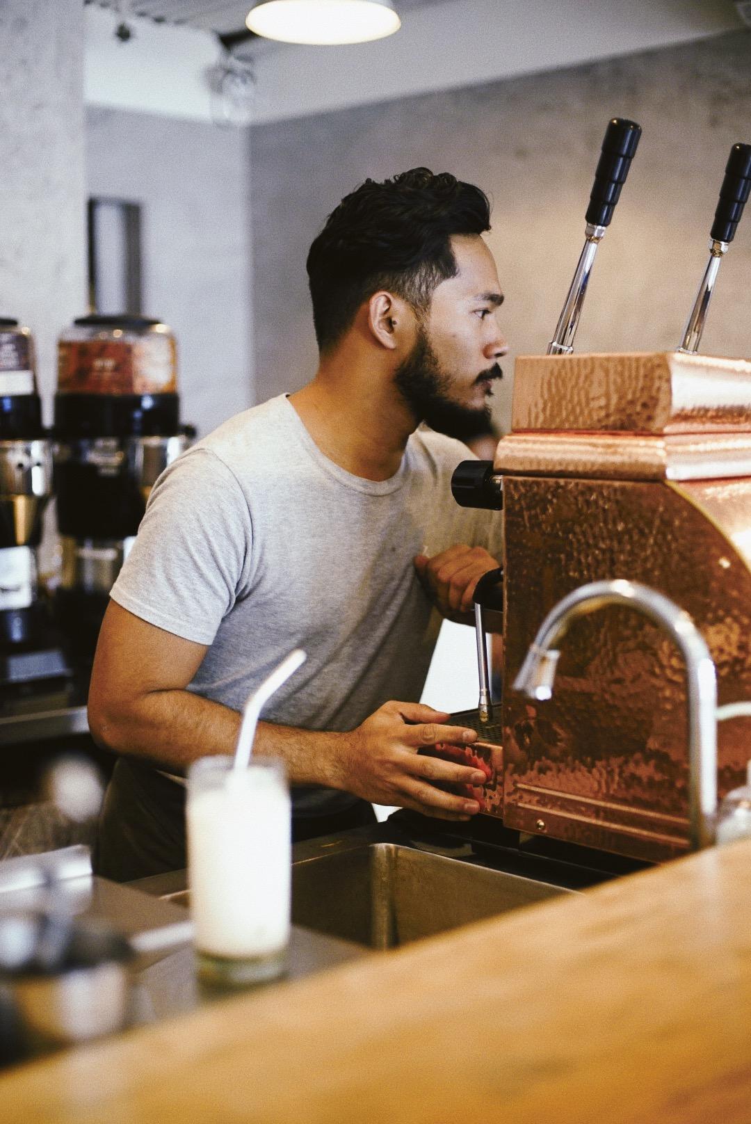 nolisoli be fixture espresso coffee drink how many per day barista