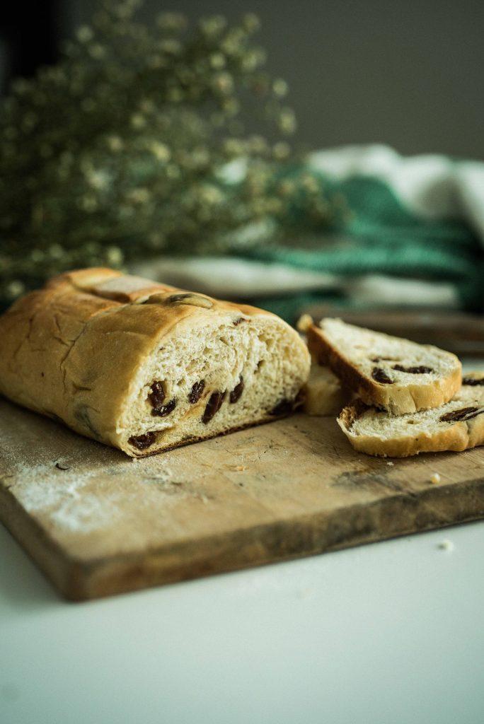 nolisoli eats breadery pomelo raisin bread
