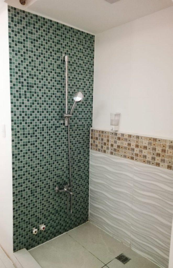 roman baths scrubbing salon