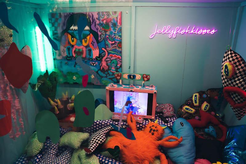 Panic room by Jellyfishkisses