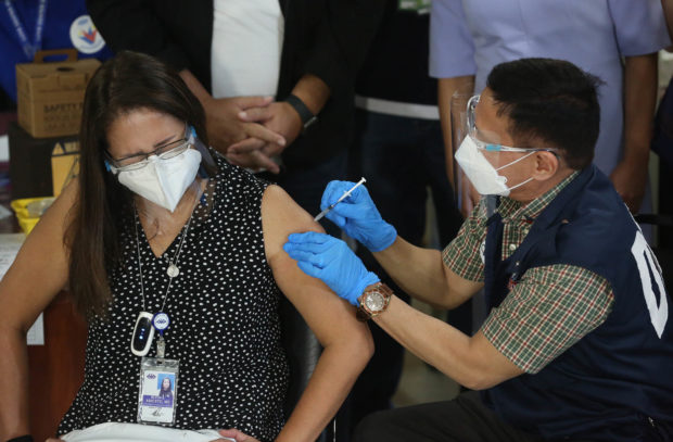 NCR residents can get vaccinated during ECQ—regardless of priority